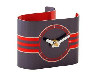 Red/Grey Ribbon Desk Clock