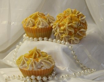 Monoi De Tahiti Artisan Cupcake Soap