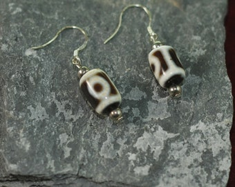Jewelry for Bema Dzti Beads with Tibetan Silver Spacers and Hook Earrings