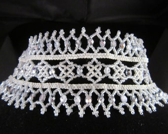 Silver victorian lace style choker