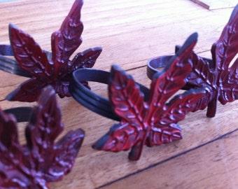 Vintage Set of 4 Maple Leaf Napkin Rings / Napkin Holders / Napkin Ring Set