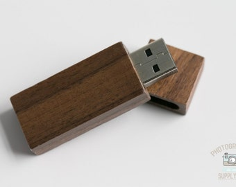 Wood/Wooden Mahogany USB Flash Drive 32GB Capacity with Magnet Top