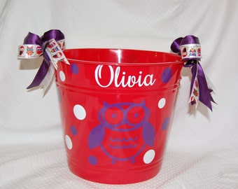 Personalized Plastic Bucket with Owl for Valentine's Day, Easter or Any Other Occasion