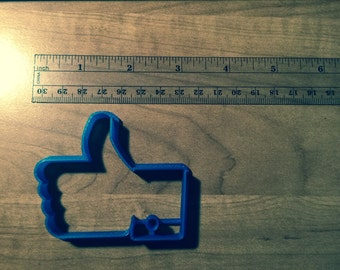 Thumbs up hand cookie cutter