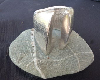 Cuttlefish cast chunky silver ring - size adjustable