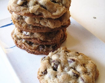 Labor Day cookies-Homemade Ultimate Chocolate Chip Cookies-abundant of chocolate chips,roasted cashews,Pecans,Almond,Pistachios-one doze