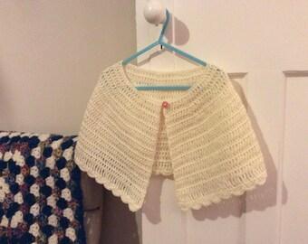 Gorgeous girls hand crochet capelet shawl age 6-8 cream