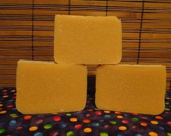 Hand Made Goats Milk Soap (4 bars)