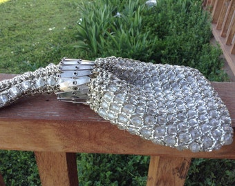 vintage accordian opening purse silver bead