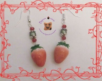 Strawberry earrings in fimo