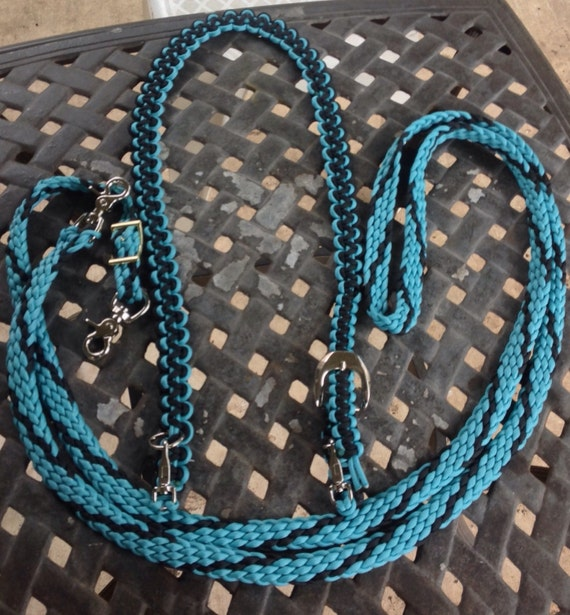 Horse Tack: Paracord Bridle/ Barrel reins -Standard horse size  BRIDLE w/ Barrell REINS made of 550 paracord, adjustable buckles, 1/4 snaps