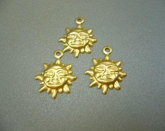 Vintage 1950's Brass Sun Charms set of 5