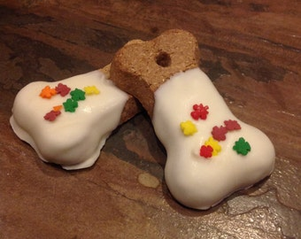 6 White Chocolate Dog Treats