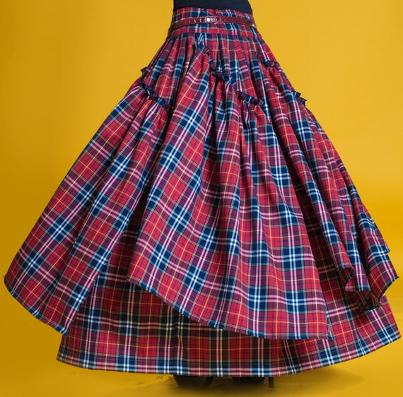 Эффектная,женственная юбка в пол в стиле бохо. Актуальная клетка,возможны другие расцветки