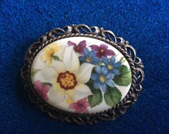 Nice Ceramic Bouquet Brooch