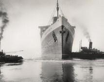 RMS Queen Elizabeth Southampton Giclee photo print photography fine art Ship Ocean Liner Docks Ghost Ship Cunard Line Moody Creepy Eerie