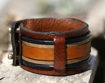 FREE SHIPPING, womens leather bracelet, womens cuff bracelet,  bracelet en cuir, womens jewelry
