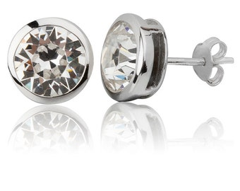 Classic Round 8mm Stud Earrings
