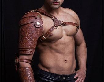 Leather shoulder armor pauldron