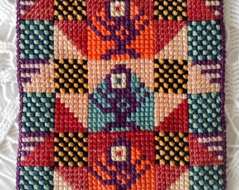 Vintage Napkin, Traditional Swedish Scandinavian Handmade Embroidered Wool Napkin, Scandinavian Vintage Table Decor Decorations Ornaments
