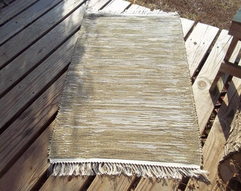 Loomed Rag Rug Olive Green, White CP10
