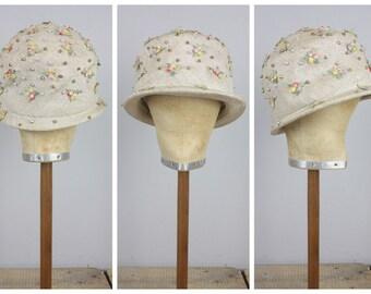 Lisa - 1960's Floral Cloche Hat