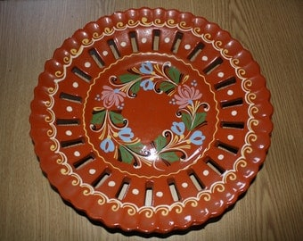 Vintage Hand Painted Wall Plate Dishes, Wall Hangings, Folk Art, Flower Design