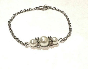 Silver pearl and stone bracelet, silver pearl bracelet, silver bracelet, bridal jewelery, bridesmaids jewelry, silver pearl bracelet