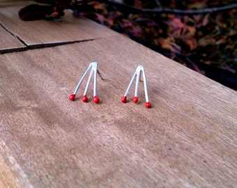 Silver thread earrings