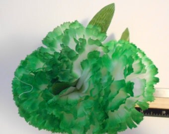Green & White Carnation Hair Fascinator