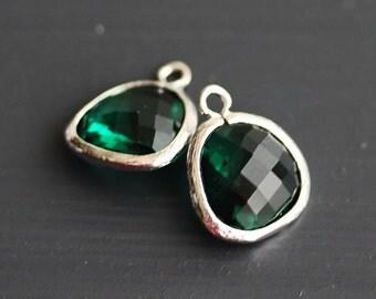 A2-000-R-EM] Emerald Green / 13 x 16mm / Rhodium plated / Glass Pendant / 2 pieces