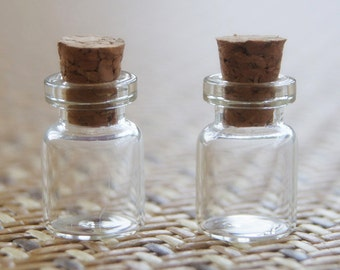 Lot of 215 (0.5ml) Clear Glass Bottles with Corks. Wedding Invitation Favors 12x18mm Tiny Empty Jars. Small Vials. Message in a Bottle .5ml