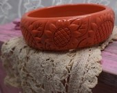 Vintage celluloid sunflower bangle bracelet,coral molded wide flower bangle bracelet, vintage bangle,boho chic, vintage jewelry 141X00
