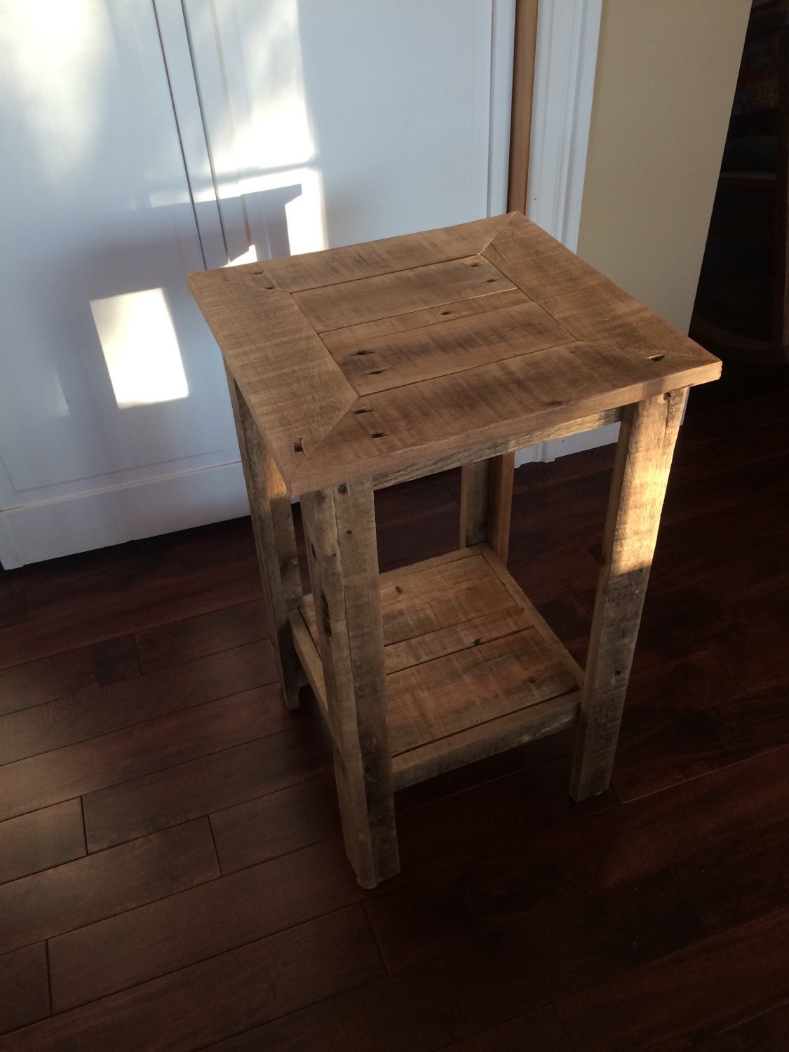 Rustic pallet wood end table night stand side