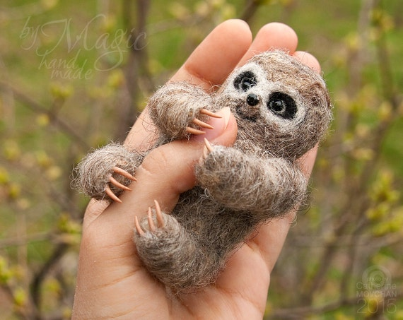 Felted sloth, cute sloth, needle felt animals, sloth gifts, small soft sculpture, wool felt sloth, tiny animal, sloth toy