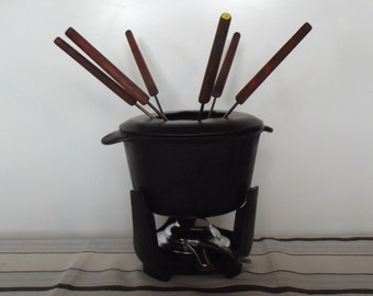 Vintage cast iron Fondue set, French vintage fondue set, complete with six forks, quality, unique fondue set