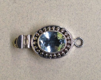 Sterling Silver Single Strand Box Clasp With Oval Blue Topaz FND-38