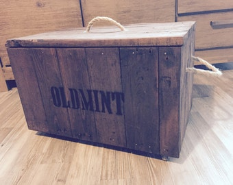 Wooden box made of recycled shipping pallets, rustic, shabby chic