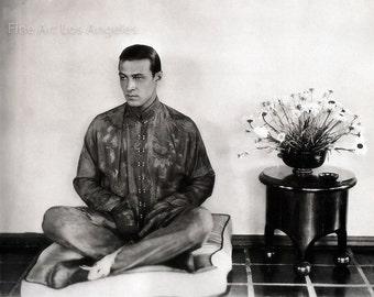 James Abbe Photo, actor Rudolph Valentino, 1924