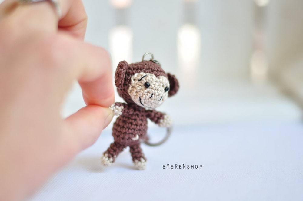 Crochet Keychain : Crochet keychain Monkey Amigurumi Keyring Little by EMERENstore