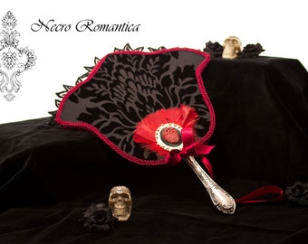 """Victorian """"boxes * anatomical paddle"""" heart * Victorian, WGT, goth, historically."""