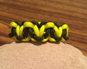 Military Thin Yellow Line Hearts Paracord Bracelet