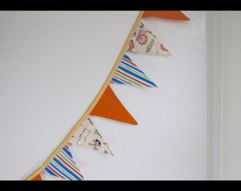 Animal Bunting - 21 Flag Long Bunting -Fabric Bunting