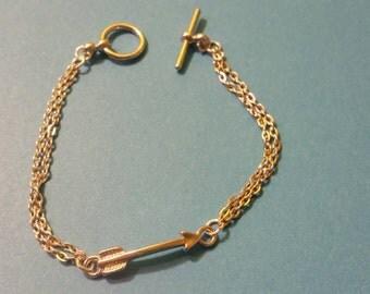 Arrow charm chain bracelet