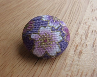 Pretty fabric covered button brooch