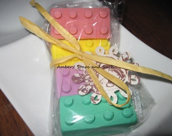 1 LEGO BUILDING BLOCKS soap favor with tag and ribbon. Lego birthday, lego baby shower, building blocks party, lego party