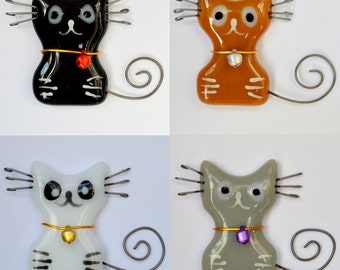 Fused Glass Cat Fridge Magnet – Black, White, Grey or Brown