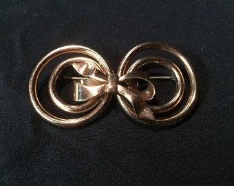 Vintage copper ribbon brooch