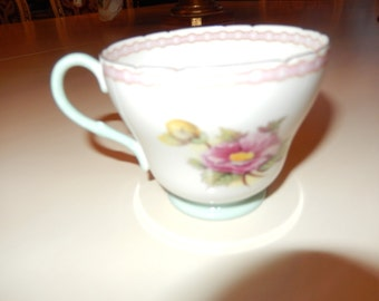 ENGLAND T M James and Sons Shelly Teacup