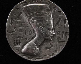Large Nefertiti Medallion